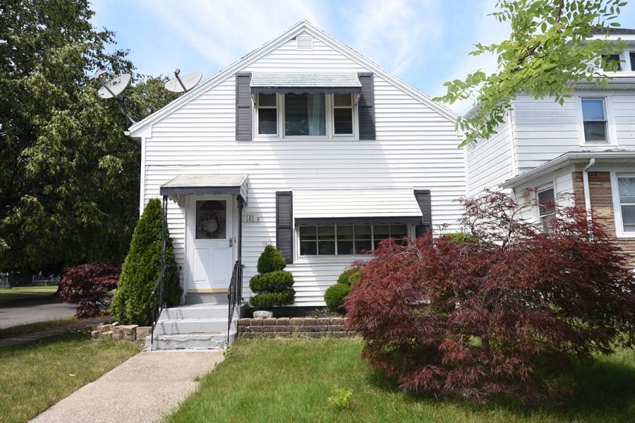 Buffalo Homes for Sale 101Cheltenham-exterior