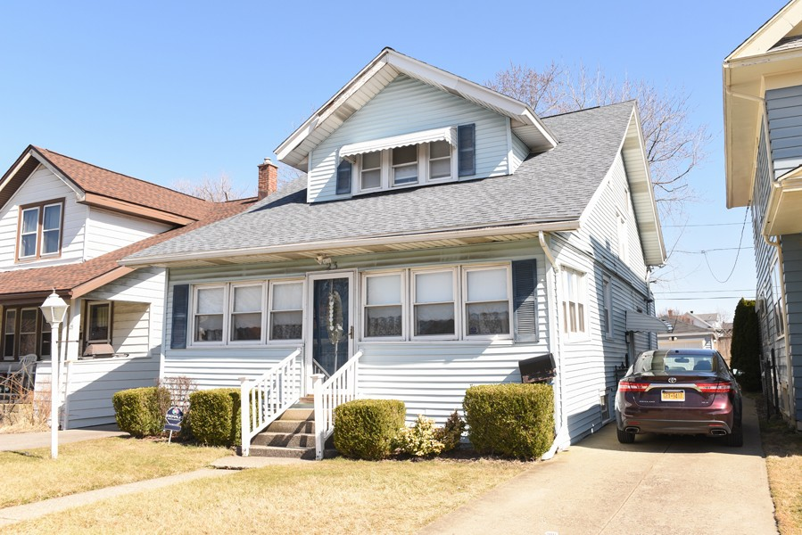 Buffalo Homes for Sale 23Frontenac-exterior