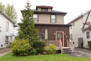 Buffalo Homes for Sale 337Villa-exterior
