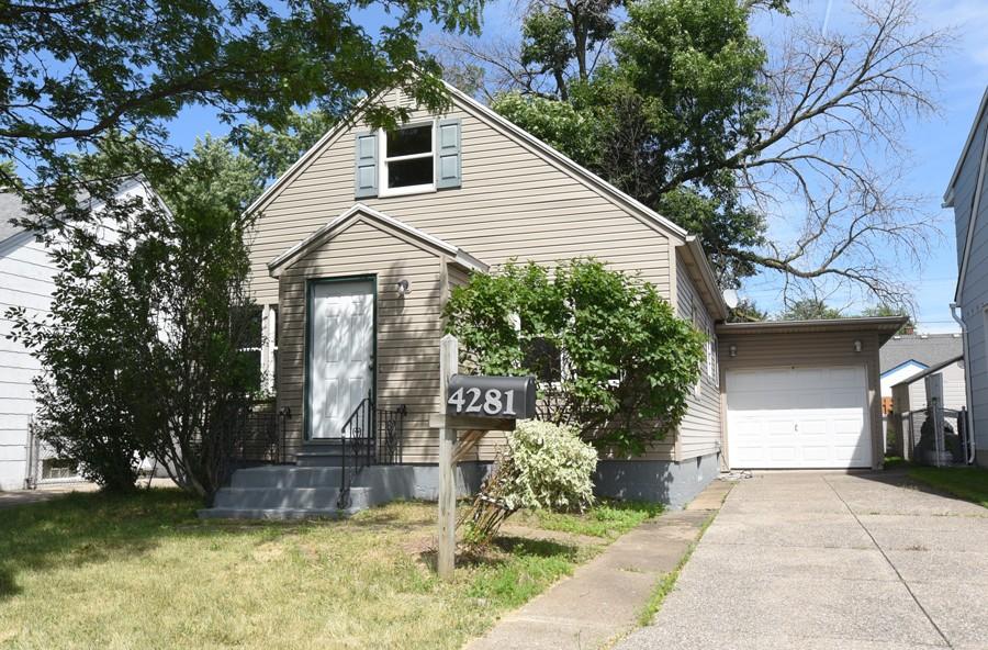 Buffalo Homes for Sale 4281Bailey-04