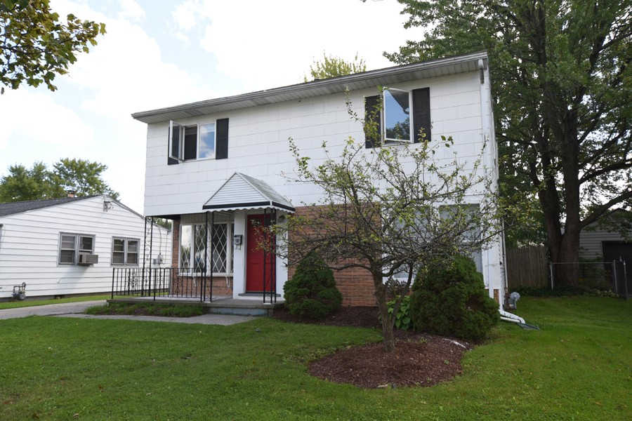 Buffalo Homes for Sale 463Harrison-02
