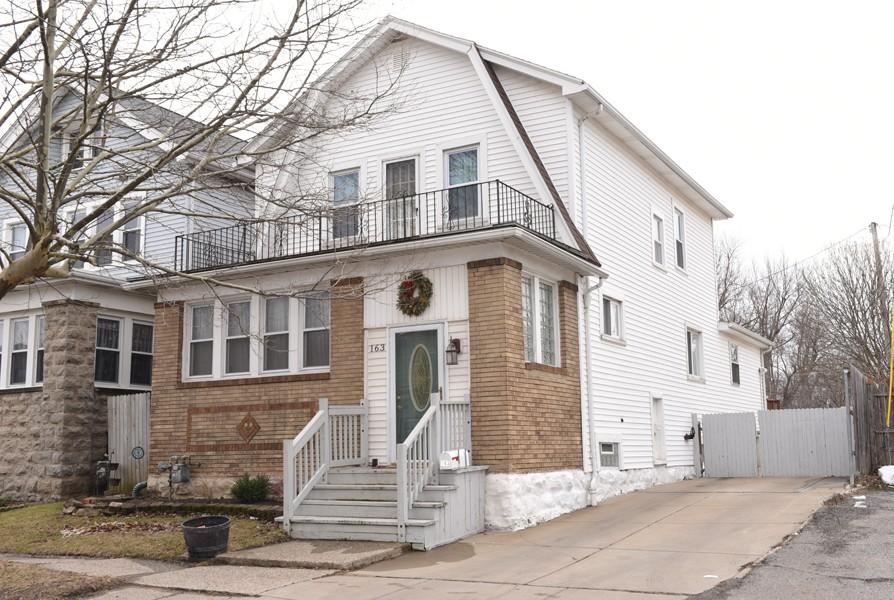 Buffalo Homes for Sale 163Taunton-40