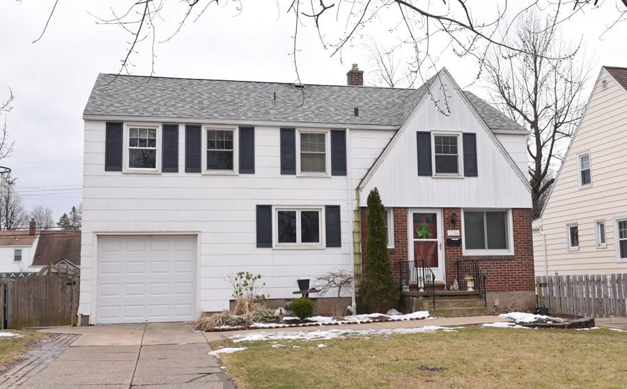 Buffalo Homes for Sale 1735Colvin-06