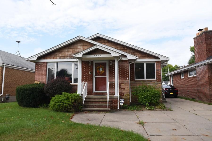 Buffalo Homes for Sale 3360Elmwood-41