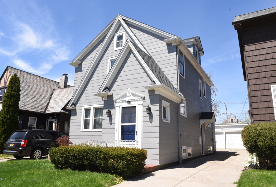 Buffalo Homes for Sale 382McKinley-03