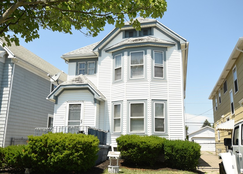 Buffalo Homes for Sale 428Taunton-exterior