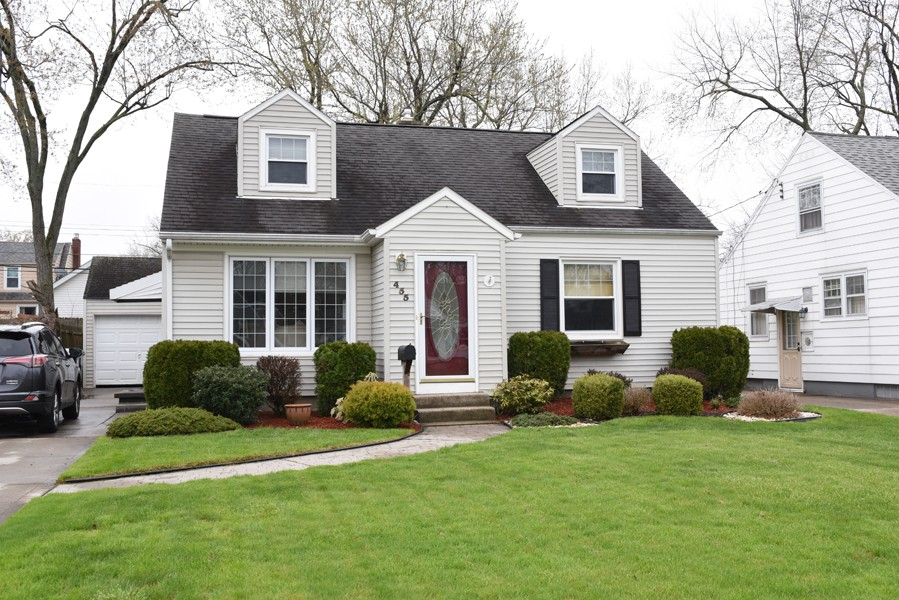 Buffalo Homes for Sale 455Traverse-02