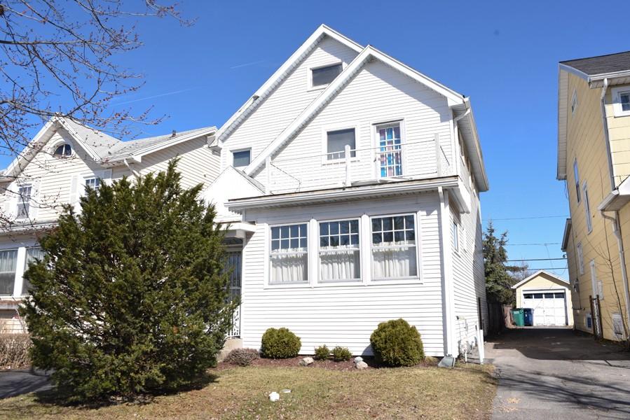 Buffalo Homes for Sale 470Taunton-02
