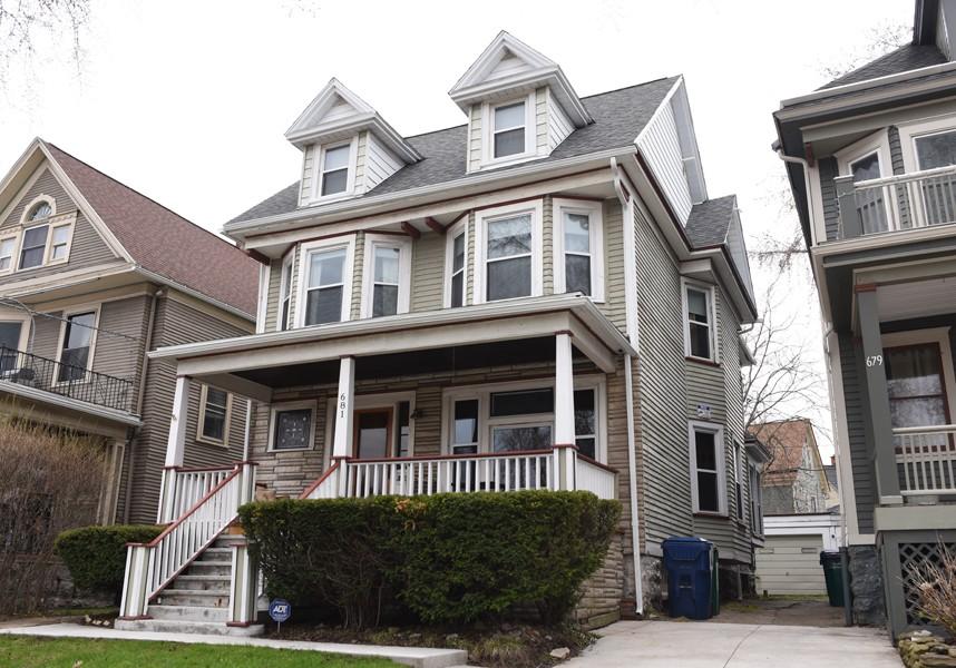 Buffalo Homes for Sale 681Richmond-04