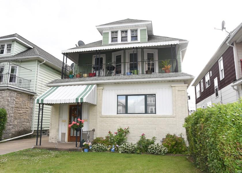 Buffalo Homes for Sale 104Virgil-exterior